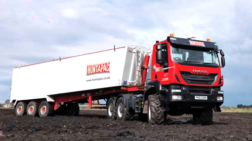 6 Wheel Drive Tractor : New wheel drive iveco replaces tractor s